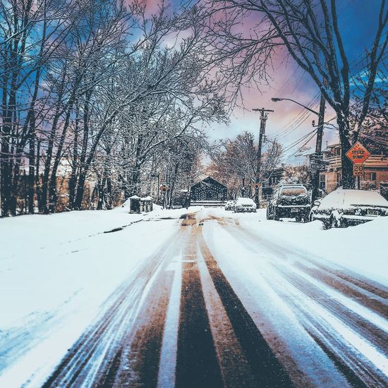 Check This Out Taking Photos IPhoneography BronxBestShots Mobile Photography Photography Snow ❄ Winter Morris Park Fotografia