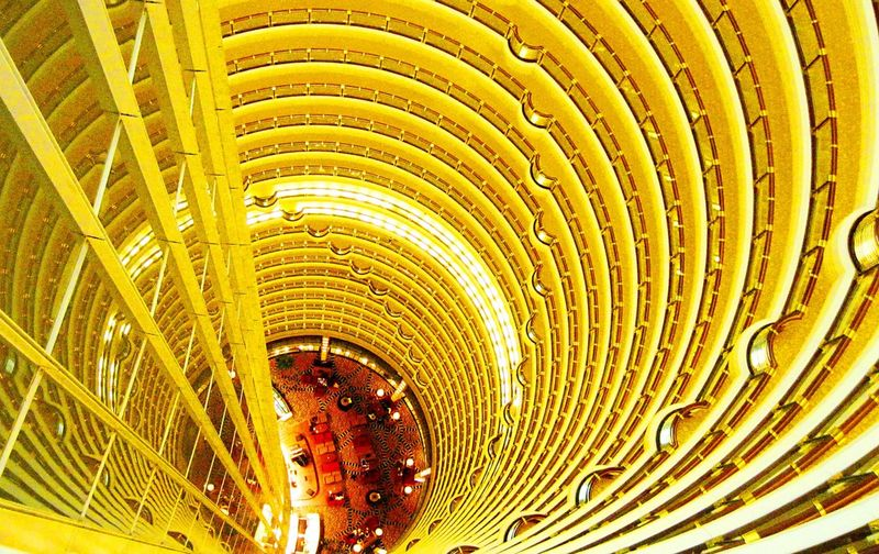 [ Skywalk Atrium ] Hi Shanghai, let's have a drink up in the air. What a trippy view... One of the most beautiful hotel I've experienced in my life. Shanghai Grand Park Hyatt atrium, Skywalk 88th floor, JinMao Tower, Lujiazui (Pudong). Up In The Air Architecture Amazing Architecture Interior Design Shanghai China Hotel Enjoying The View Amazing View Vscocam Neighborhood Map
