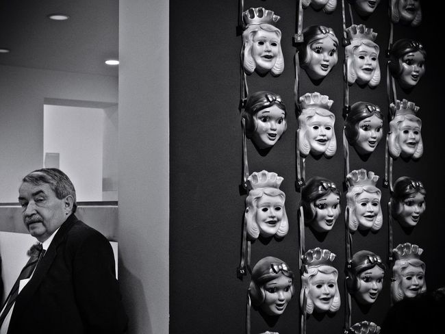 Real People Female Likeness Human Representation Lifestyles Indoors  Men Day Streetphotography Candid Capture Berlin Berlin Germany Museum Mask Olympus Blackandwhite Monochrome Reportage Art Hamburger Bahnhof Exhibition Face Faces Masks