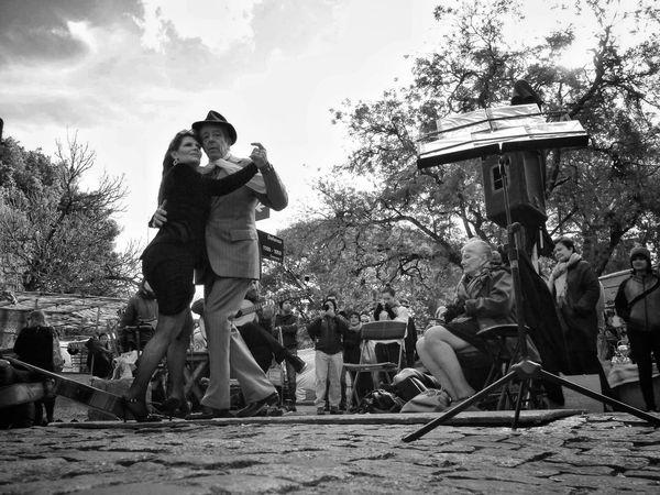 Buenos Aires, Arg. 2015. ©Gustavo Mondragon ©La Calle Foto. Mercadosantelmo PlazaDorrego Latinstreetphoto Streetphoto_bw Streetphotographers Lacallefoto Streettravel Latinstreetcollective Streetphotography The Street Photographer - 2015 EyeEm Awards