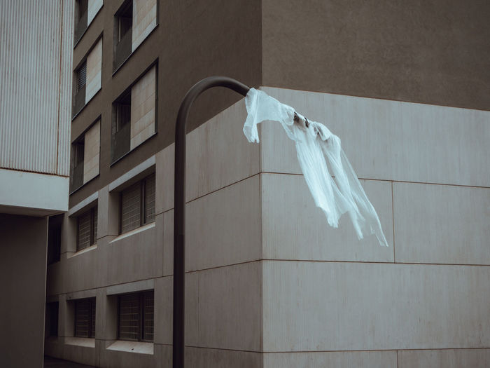 Haunted city D Lamp Post Light Post Architecture Building Exterior Built Structure City Clothesline Day Drying Empty Hanging Haunted No People Outdoors Colour Your Horizn