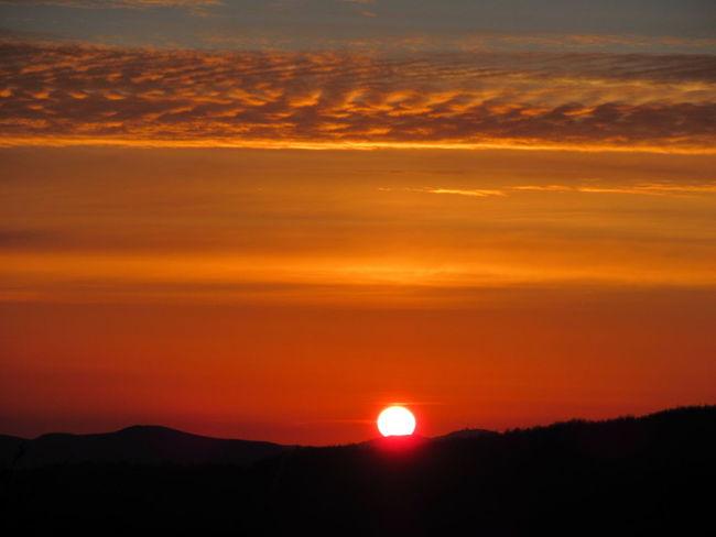 Sunset Beauty In Nature Orange Color Nature Scenics Tranquil Scene Romantic Sky Parco Nazionale Appennino Tosco-emiliano Multi Colored Tranquility Canon Ixus 285 NoFILTER :)