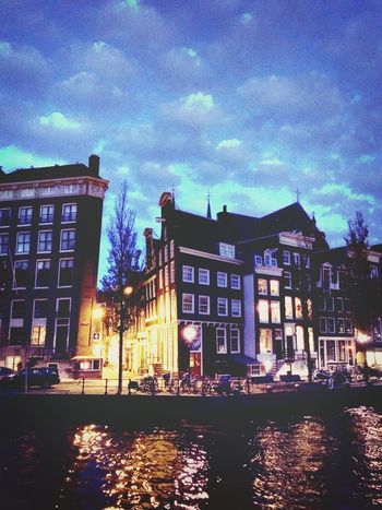 Just Around The Corner from my work. Love to walk home in the evening! I Love Amsterdam Amsterdamse Grachten Dutch Canals Check This Out Urbanexploration Walking Around Architecture Amsterdam By Night City Lights