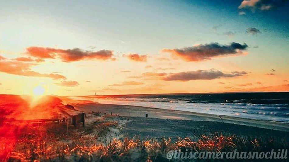 More where that came from. 😎 Vscocam VSCO Snapseed Nature Naturepost Willows Bluesky Sky Clouds Sunset Capecod Capecodlife Capecodinstagram Capeing Capecodimages Wickedcapecod Capeology Ig_capecod Capecod_diem Capeclasp Newenlgand Igers_newengland Massachusetts Travel