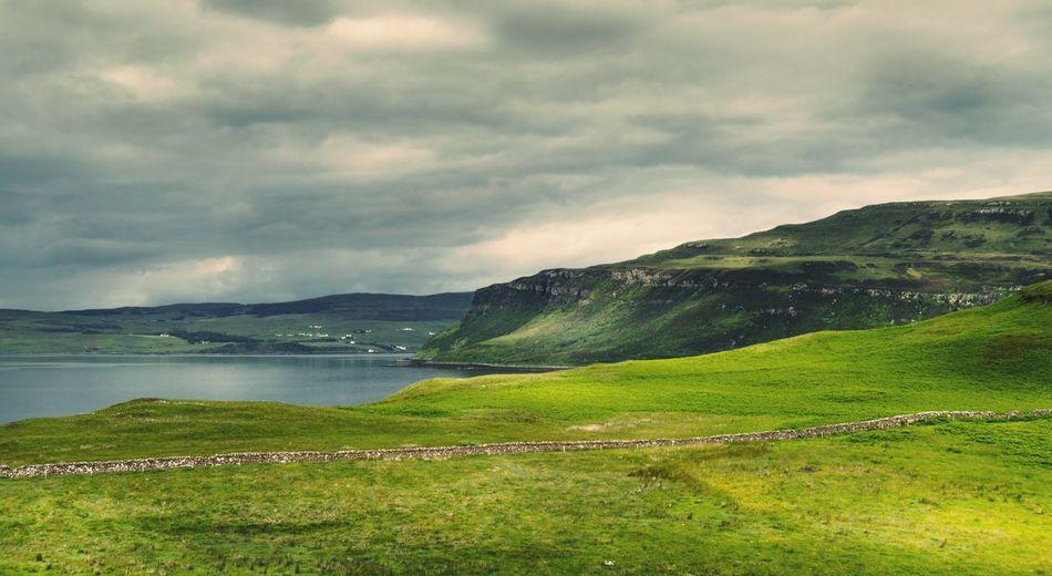 Isle Of Skye Mountains England & Scotland EyeEm Nature Lover Traveling Scotland Skye Nature Melancholic Landscapes Portree