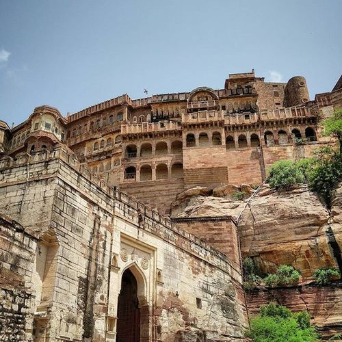 No pictures can do justice to this beautiful structure! Mehrangarh Fort