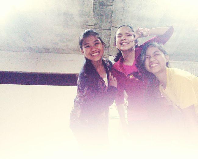Thesegirls Our Moment MyBestFriendIsAGreatCameraWoman Bestfriend LoveThisMoment