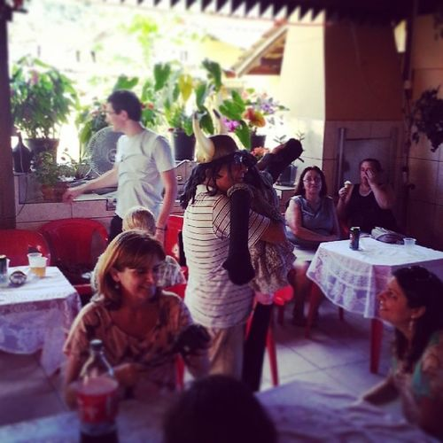 Dia de festa!! Família Unida V ô Palha çadas Almoço AMO
