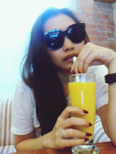 Summer is here, have to have Refreshments.. Mangoshake Cafe Cooling  EyeEm Gallery Eyeem Philippines Taking Photos Tonirose Relaxing Sunglasses Fulfilled Favespottohide
