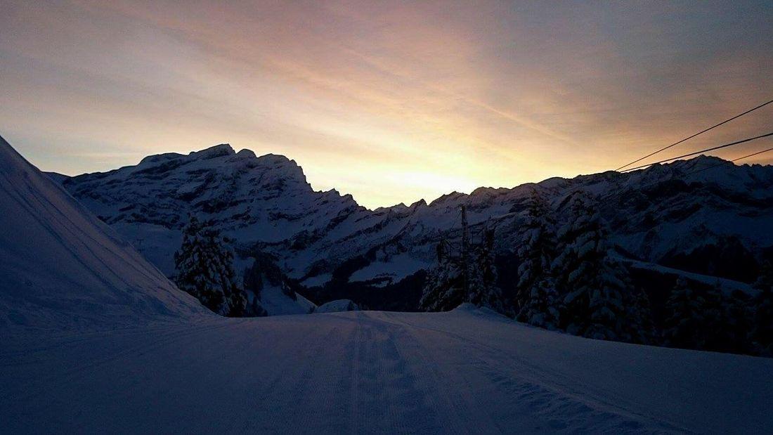 Sunrise Mountains Surlespistes Morning Sky Switzerland ILike This :) Enjoying The View Peace And Quiet Villars Taking Photos