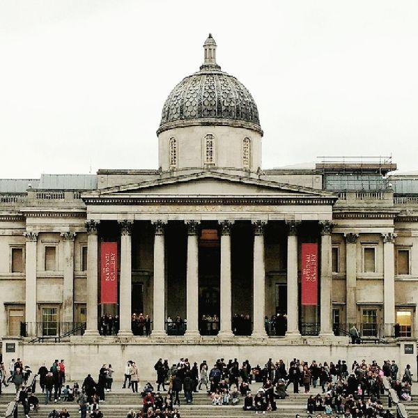 Architecture Built Structure Building Exterior City Travel Destinations LONDON❤ London London London!!! Londonlife Londoncity Motoxplay Travel Nationalgallery