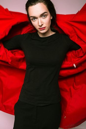 Red Young Adult Front View Studio Shot One Person Portrait Adult Business Finance And Industry Looking At Camera Only Women One Woman Only One Young Woman Only Indoors  Close-up People Adults Only Day Young Women