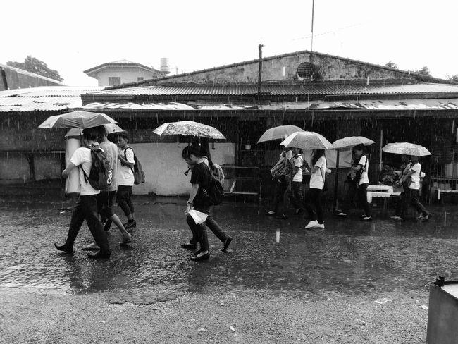 Day Outdoors Mobilephotography Capturemoments Streetphotography Streetphoto Mobile Phone Photography Eyeem Philippines Outdoorshot RainyDay