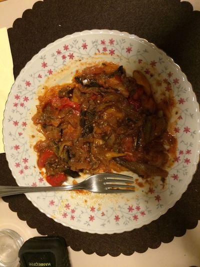 Dieta di sole verdure.... Salsa, cipolla,peperoni arrostoti,melanzane grigliate , aglio ! Buona!