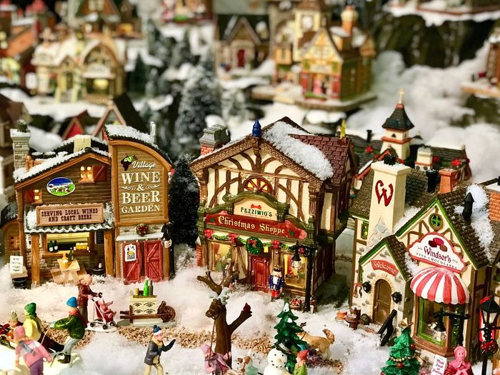 Building Exterior Architecture Large Group Of People Built Structure Outdoors City People Snow Lifestyles Day Winter Adult Adults Only