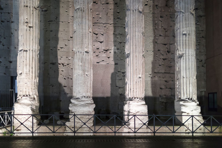 Detail of the colonnade of the facade of the Temple of Hadrian, in Rome. The famous monument in a night scene. Architectural Column Built Structure Architecture History No People The Past Day Building Building Exterior Travel Destinations Travel Outdoors In A Row Pattern City Arcade Colonnade Tourism Nature Old Ancient Civilization Temple Of Adriano Temple Of Hadrian