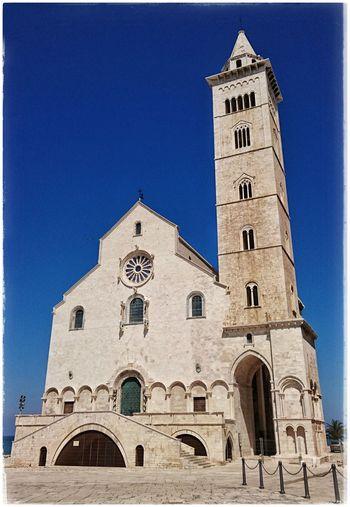 Die Kathedrale von Trani - San Nicola Pellegrino Travelphotography Travelgram Cathedral Italygram Italianeography Apulien Italy Trani
