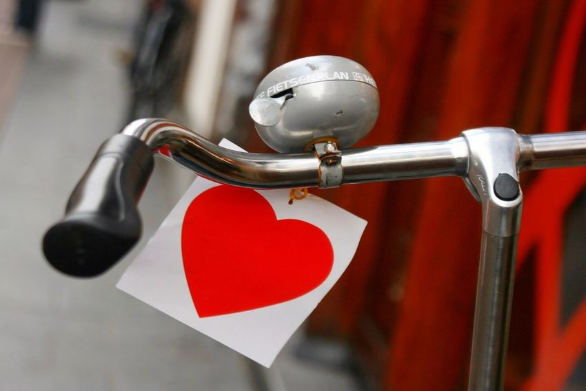 Bike Bicycle Fahrrad Lenker Love Valentine's Day  Valentine Valentinstag Heart Herz Red Heart Shape Love Hanging Close-up No People Day