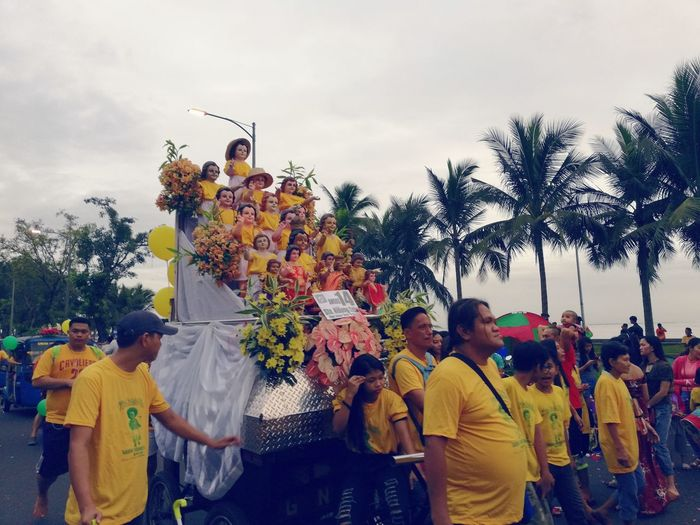 Sto Nino Viva Pit Señor Tree Arts Culture And Entertainment Fun People Tradition Celebration Amusement Park