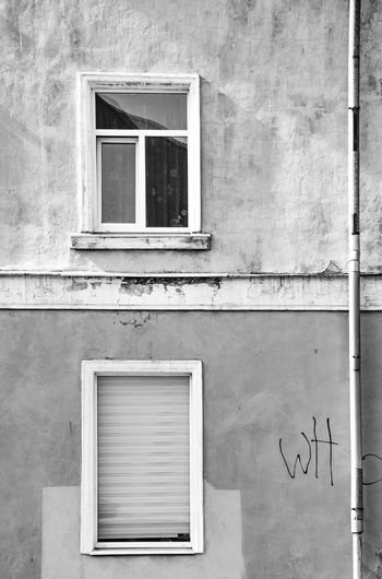 Lugubrious Black & White Black And White Facade Detail Façade Built Structure Architecture Building Exterior Window Wall - Building Feature Building Day No People House Residential District Outdoors Wall Closed Old Backgrounds Full Frame Glass - Material Textured