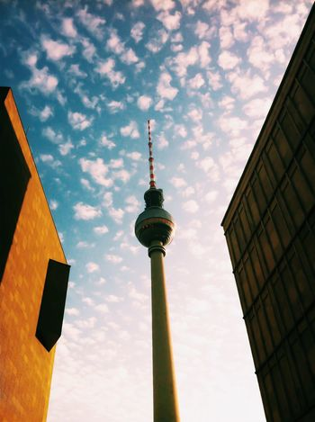 Minimalist Architecture Tower Architecture Tall - High Built Structure City Building Exterior Sky Low Angle View Travel Destinations Sphere Television Tower Communication Outdoors Cloud - Sky Broadcasting Day Berlin Berlin Photography IPhoneography Mobilephotography Shootermag Architecture_collection Vscocam The Architect - 2017 EyeEm Awards The Architect - 2017 EyeEm Awards Discover Berlin
