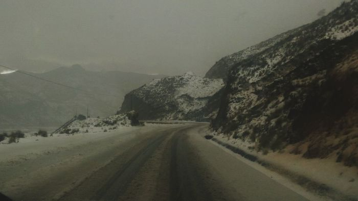 carretera peligrosa Road The Way Forward Cold Temperature Landscape Winter Snow No People