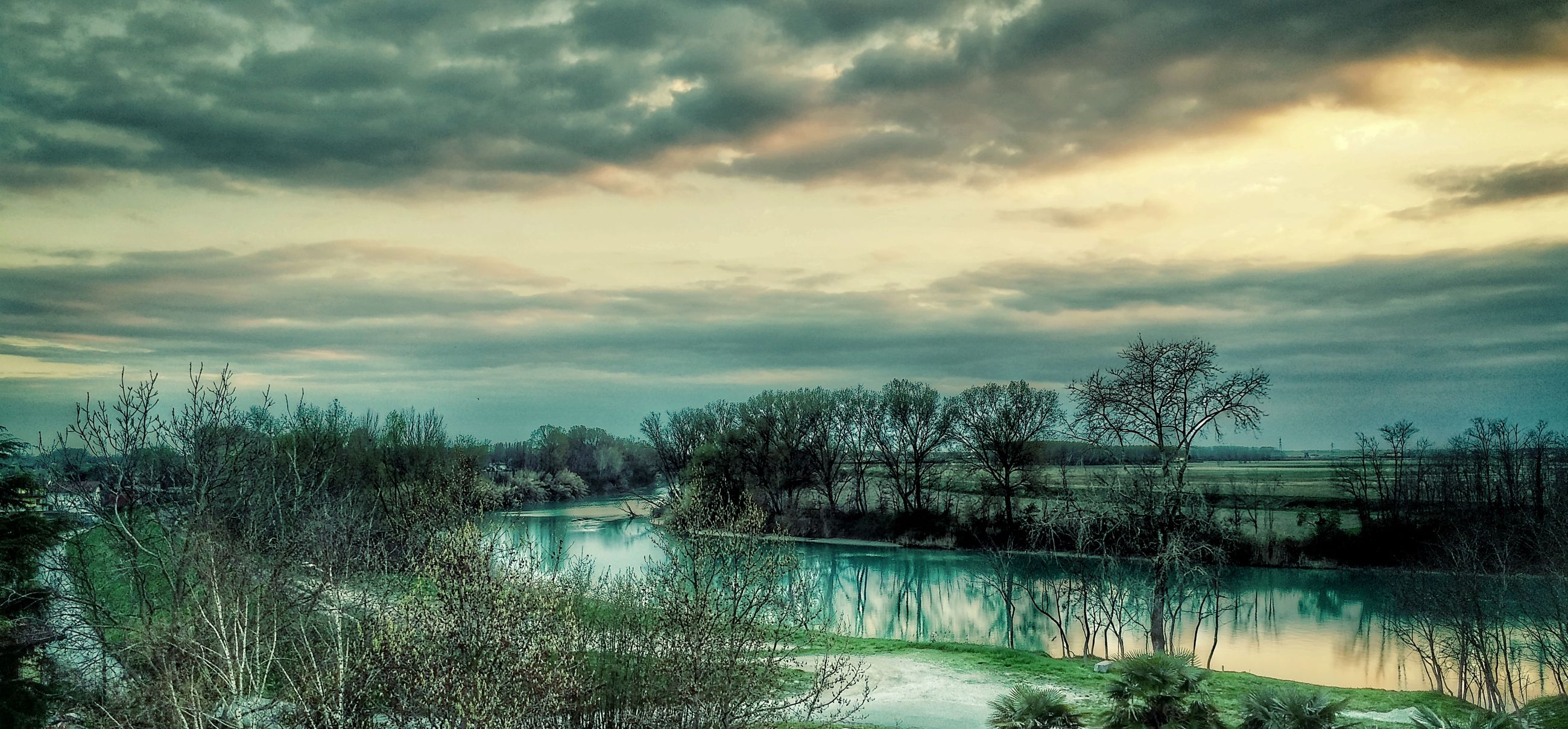 sky, tree, nature, cloud - sky, water, sunset, no people, tranquility, beauty in nature, backgrounds, landscape, scenics, outdoors, day