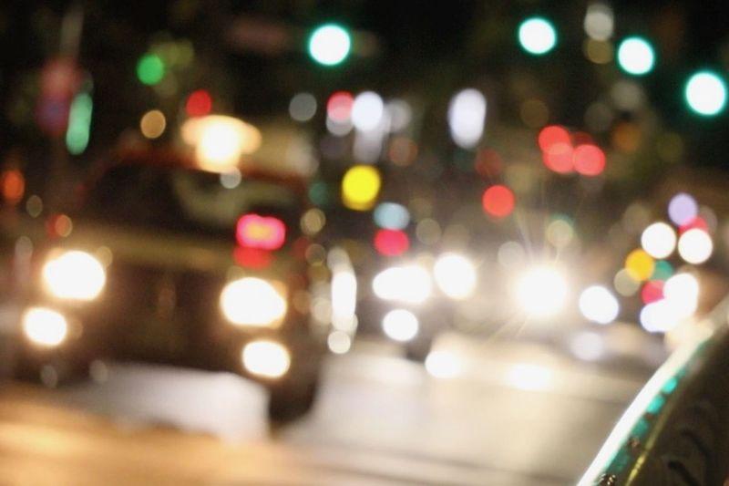 Illuminated Night Car Transportation Mode Of Transportation Defocused City Motor Vehicle Street No People Land Vehicle Road Lighting Equipment Glowing Architecture Traffic Light - Natural Phenomenon Headlight City Street Outdoors Light Lens Flare Vehicle Light