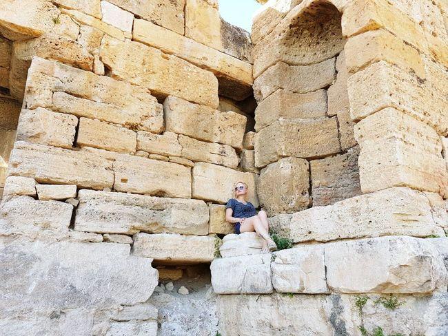 Hierapolis Necropolis Singlegirl Borred