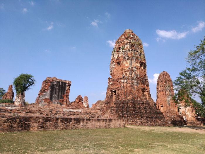 Phra Nakhon Si Ayutthaya Phra Nakhon Si Ayutthaya History The Past Architecture Ancient Travel Destinations Old Ruin Place Of Worship Ancient Civilization Travel Damaged