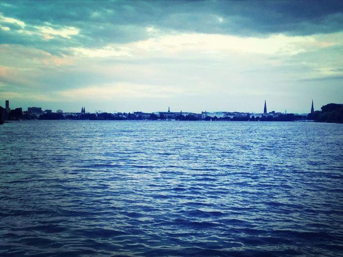 Hamburg Außenalster Bellevue Hamburg Ein Blick Uber Die Aussenalster