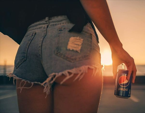 Adult One Person Adults Only Human Body Part One Woman Only Only Women Midsection People Close-up Low Section Lifestyles Outdoors Sunset Day Young Adult Pepsi Pepsi-Cola Pepsi <3 Pepsicola Pepsi~Cola EyeEmNewHere Connected By Travel Going Remote