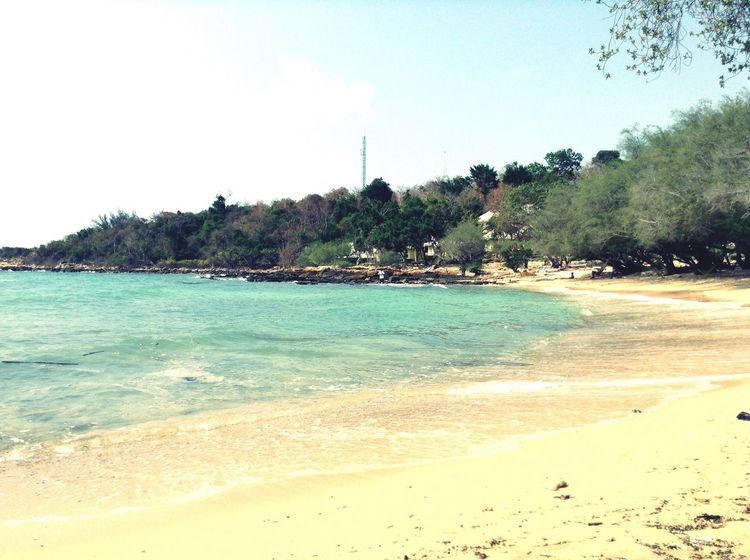 Sea And Sky Life Is A Beach Beach Life Onthebeach Kohsamed Samedisland Sea Seascape Rayong Thailand