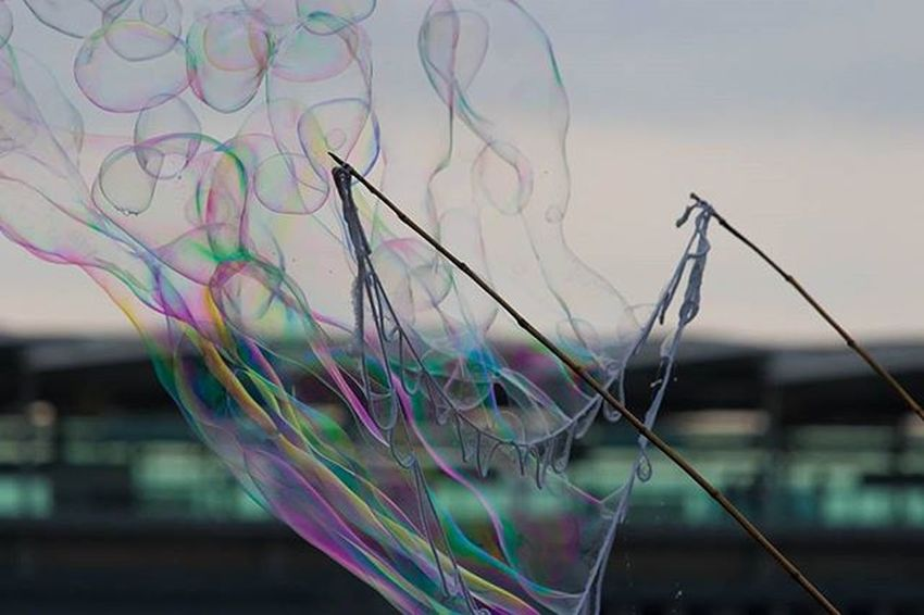 Testing out the canon 7D mk ii with a 70-200mm lens in South bank Southbank London Photography Photooftheday canon7dmarkii testing 70200mm canonuk canon70200 200mm canonlens Showcase: November Bubbles