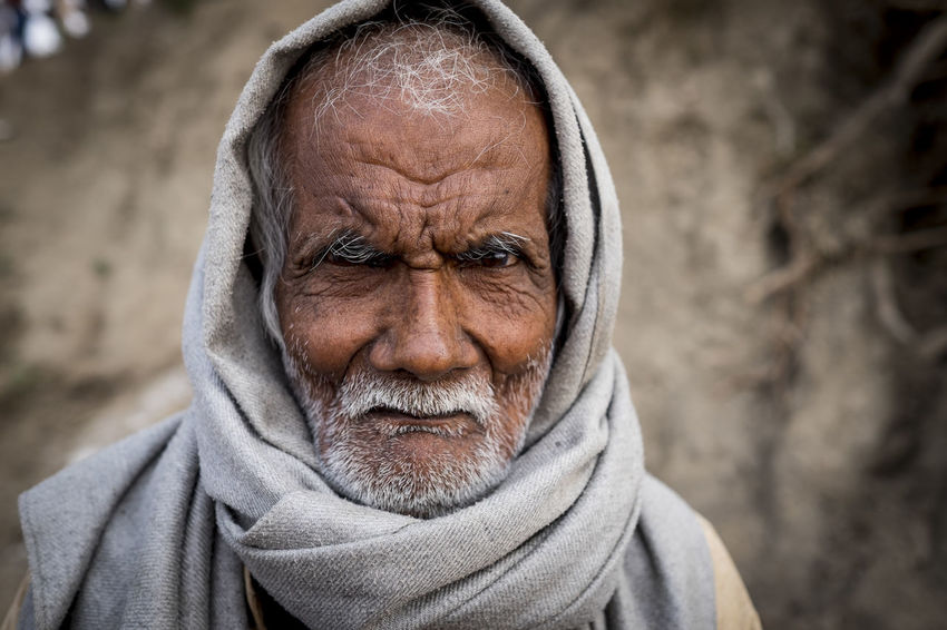 Portrait of an elderly Indian gentleman at Sonepur Mela, Bihar Adult Beard Bihar Elderly Front View Gray Hair Hajipur Headscarf Headshot India Looking At Camera One Person One Senior Man Only Outdoor Photography Outdoors Portrait Senior Adult Sonepur Sonepurmela Travel Travel Photography