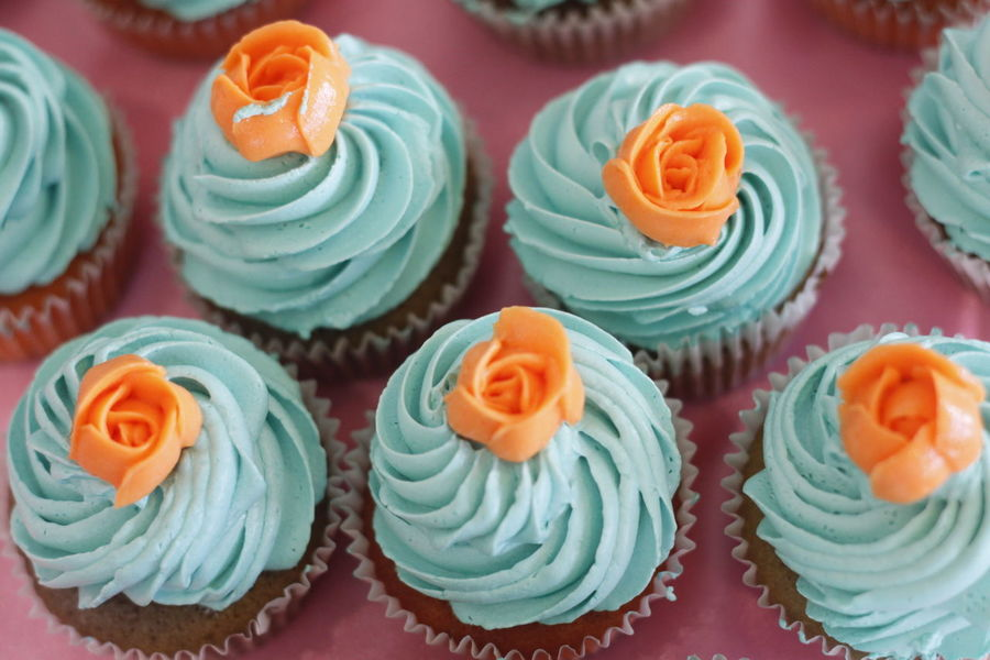 Cupcake Colors Cupcake Time Cupcake ♥ Cupcakelovers Cupcakes Cupcakes! Cupcakesandotherstuff Dessert Food Food And Drink Freshness Multi Colored Ready-to-eat Sweet Food