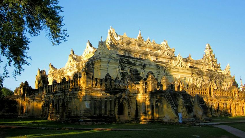 Ancient temple in Myanmar Taking Photos Hello World Relaxing Enjoying Life Romance The _ Mazzalong Sunset Myanmar Mandalay Asian Culture Ancient Architecture