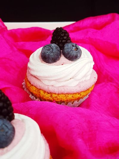 Sweet Food Indulgence Pink Color Dessert Temptation Fruit Indoors  Ready-to-eat Close-up No People Food Freshness Food And Drink Food Photography Dessert Food Styling Homemade Baked Cupcake Dessert Topping Blueberry Berry Fruit Baiser