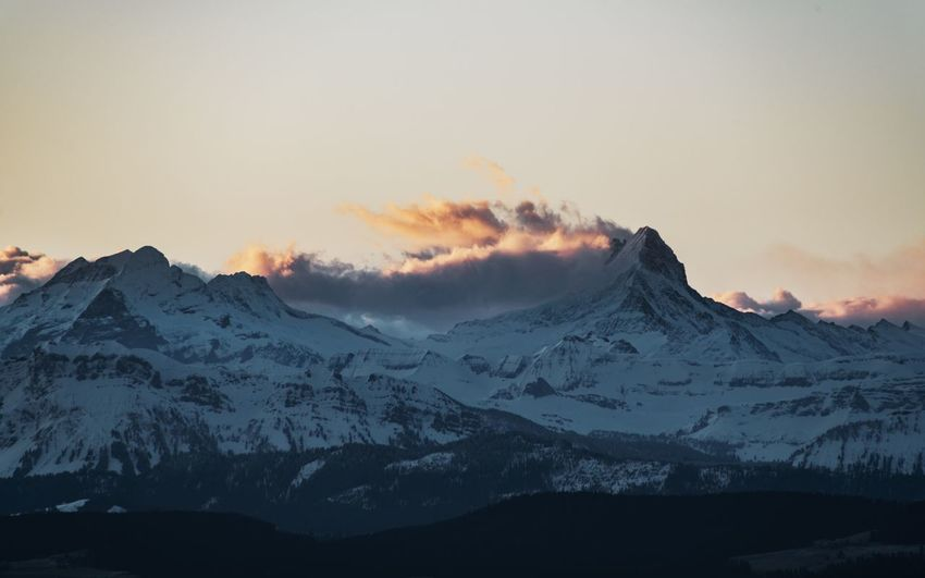 View from Bantiger Morning Light Morning Sky Beauty In Nature Cloud - Sky Cold Temperature First Light Idyllic Landscape Mountain Mountain Peak Mountain Range Nature Scenics - Nature Schreckhorn Sky Snowcapped Mountain Sunset Swiss Alps Tranquil Scene Tranquility Winter