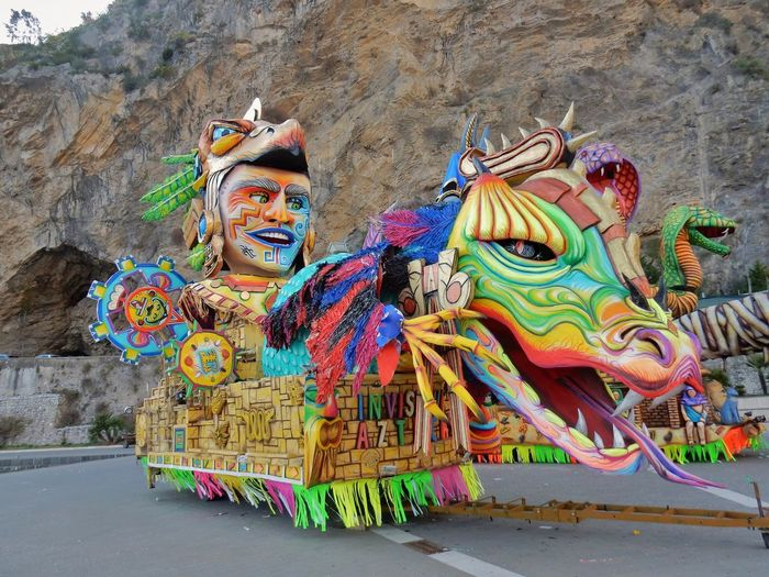 Maiori, Campania, Italy - March 4, 2019: Allegorical floats in the square of the port for the 46th edition of the Grand Carnival of Maiori Day Maiori, Allegorical Floats Carnival - Celebration Event Floats Colorful Amalfi Coast Grand Carnival Of Maiori Salerno Italy Campania Italy