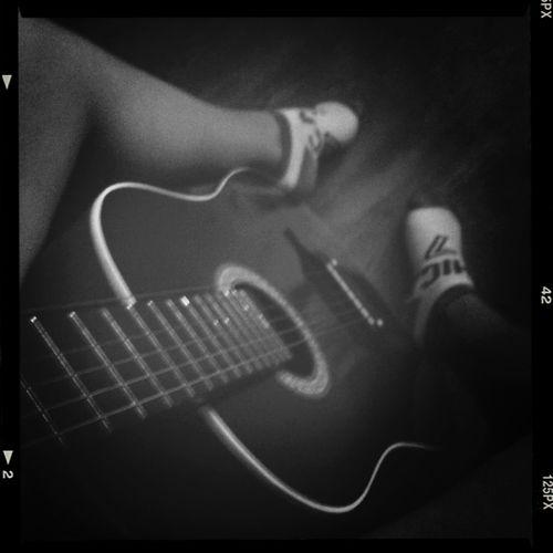 Blac&white  Music <3 Instrument Hobby
