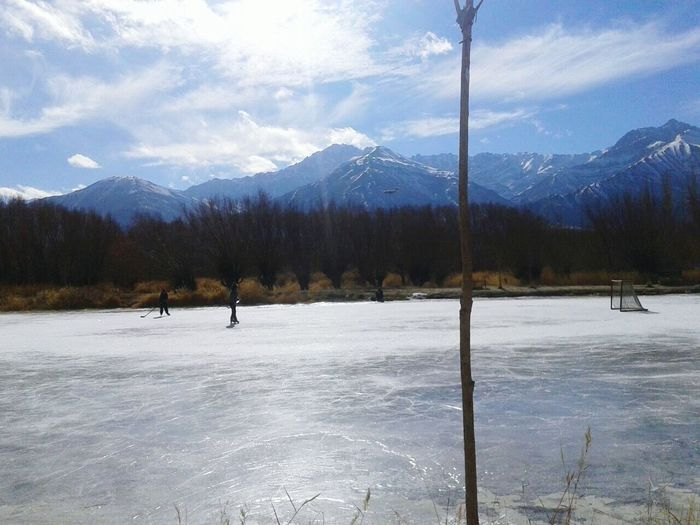 Icehockey Girl Cloud - Sky Mountain Winter Sport Winter Vacations Nature Mountain Range Cold Temperature Travel Destinations People Adventure Snowcapped Mountain Sky Scenics Pinaceae Ladakhdiaries Kashmirwinters