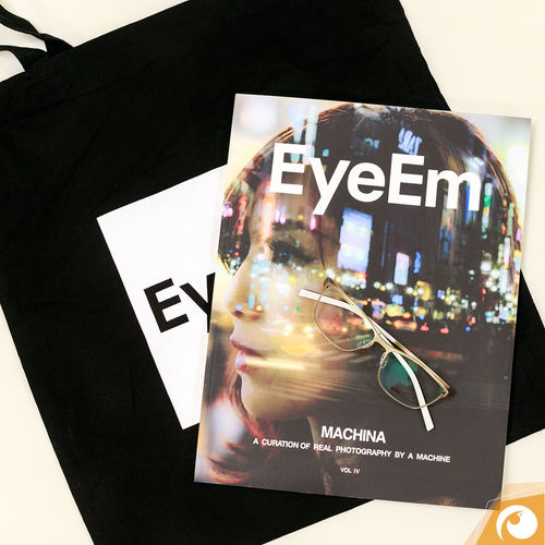 Late, but not to late :) today we receive our Sankt Nikolaus gift from EyeEm @cainvommars THANK YOU !! Gifts ❤ EyeEm Photography Present Surprise! Thankyou Gotti Goetti Glasses Shopping Bag