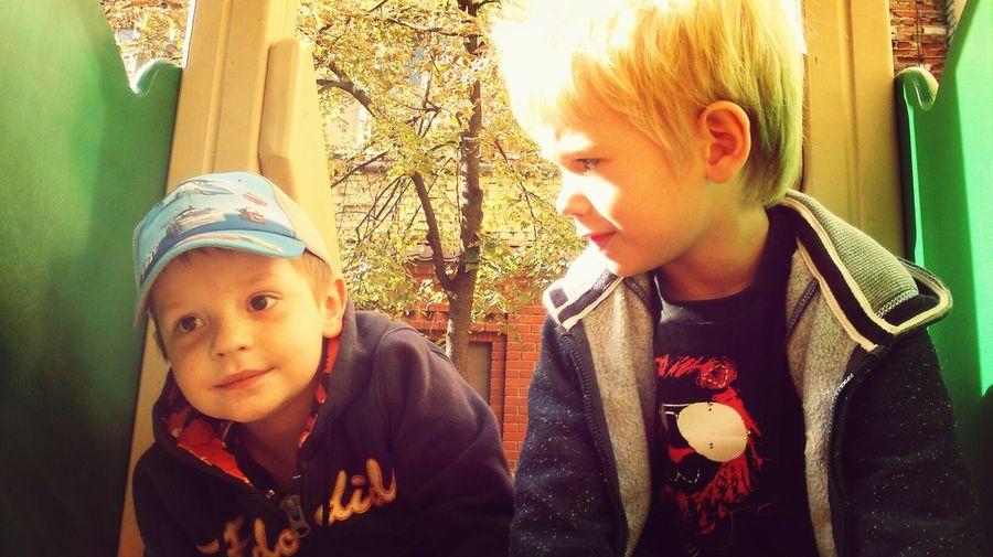 Два Федора OzzzzElSClass Enjoying Life Children
