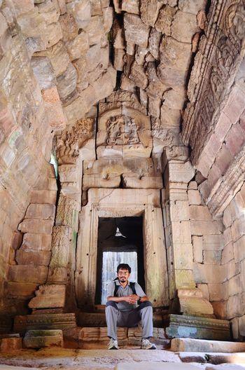 Self timer in Angkor Self Timer Angkor Wat Temple Cambodia