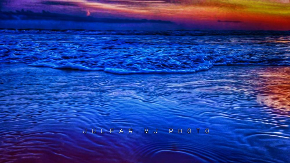 Kovalam Beach, Trivandrum. Julfar Julfarmj Water Rippled Blue Swimming Nature Sunset Sea Wave Photoshoot Photography Photo Mobilephoto Indianphotography Macrography Kerala India Indianphotographer Sun Day Sunsets Sky Dark Beauty In Nature EyeEmNewHere The Week On EyeEm Mix Yourself A Good Time