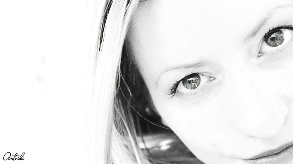 Eyes Eye4photography  EyeEm Best Shots Lady Face Girl Sweet♡ Stare View Black & White