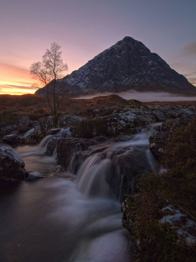 Mist around the Buachaille FogoGolden HouruLandscapepLong ExposurerMountainiNaturerOlympus Pen-f-ScenicscScotlandnSunseteTreeeWatereHDRDR
