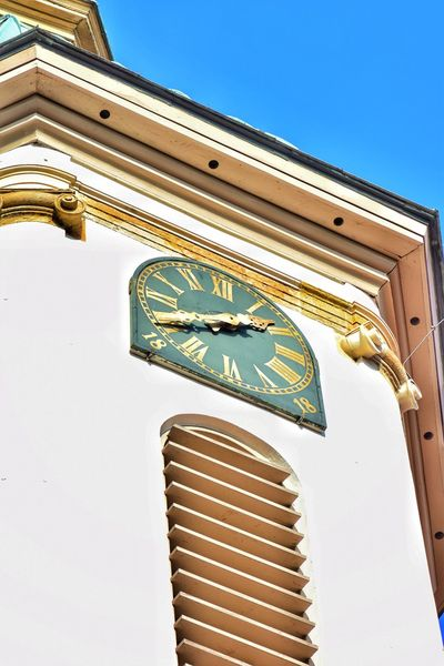 Architecture Building Exterior Travel Destinations Low Angle View Business Finance And Industry No People Day Outdoors Clock King - Royal Person Clock Face Sky