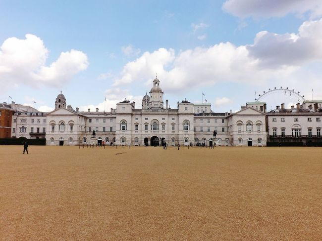 Just a short walk from St James's Park and onto the lovely Horse Guards Parade Walking Around EyeEmBestPics EyeEm Best Shots Eye4photography  Beautiful Fall_collection Hello World Eyemphotography London From My Point Of View Check This Out Architecture Architecture_collection Architecturelovers Amazing Architecture EyeEm Best Shots - Architecture Londonlife Horses Ceremony Guards Royalty
